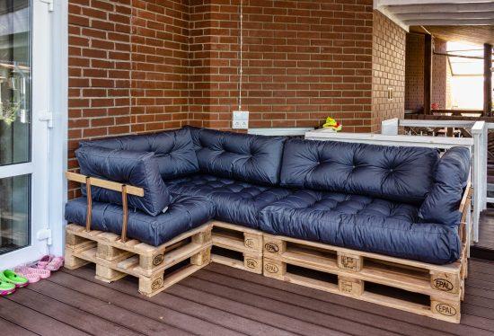 mebel-iz-pallet divan pallet dacha